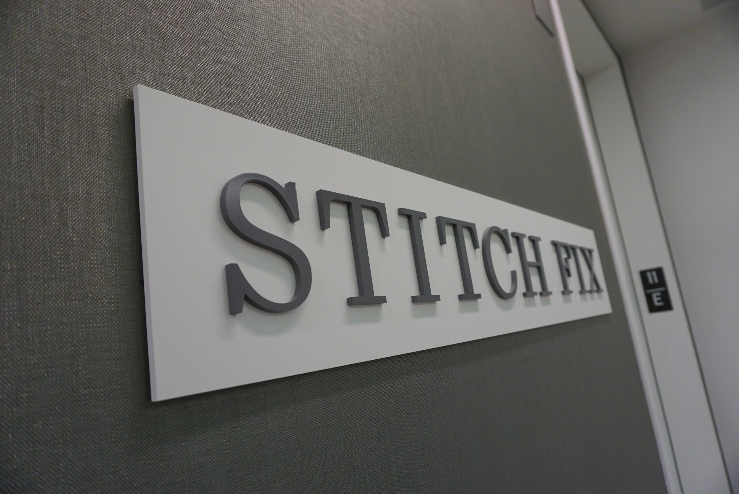 Stitch Fix Shares Fall on News of 9% Sales Drop, Revenue Miss